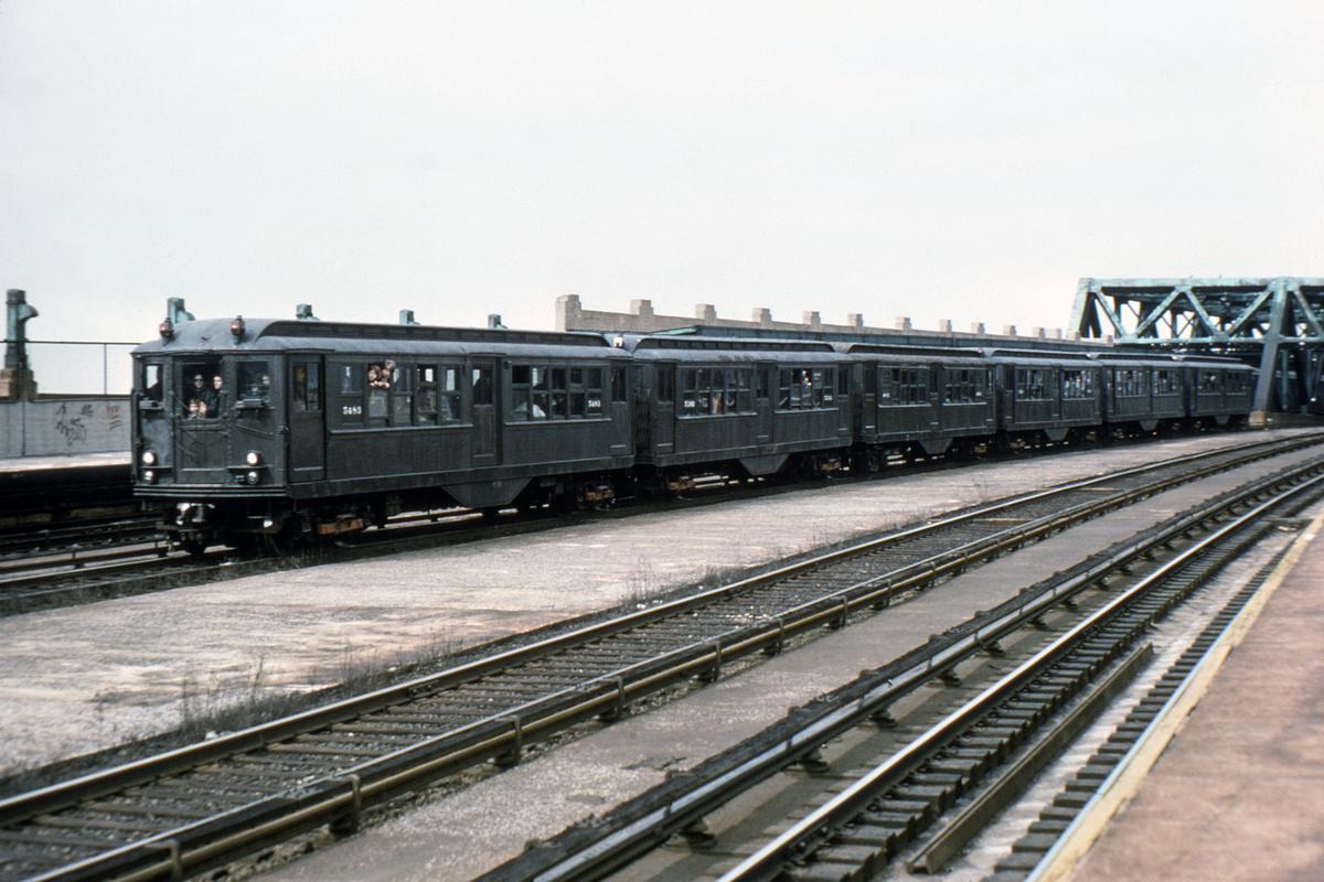 (390k, 1024x683)<br><b>Country:</b> United States<br><b>City:</b> New York<br><b>System:</b> New York City Transit<br><b>Line:</b> IND Crosstown Line<br><b>Location:</b> Smith/9th Street <br><b>Route:</b> Fan Trip<br><b>Car:</b> Low-V (Museum Train) 5483 <br><b>Collection of:</b> David Pirmann<br><b>Viewed (this week/total):</b> 0 / 2651
