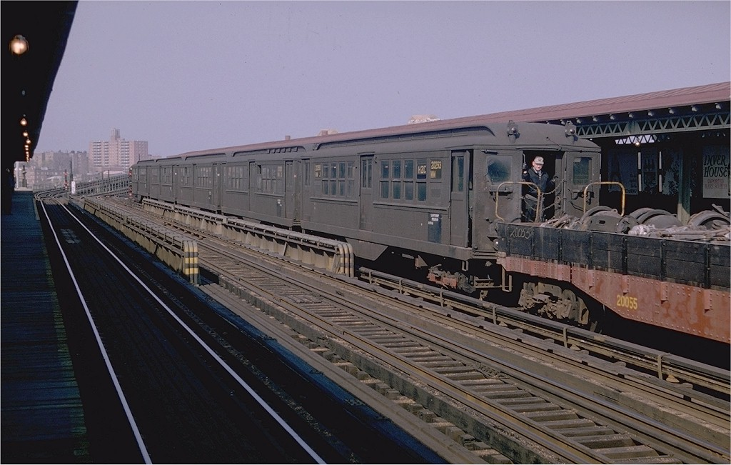 (180k, 1024x651)<br><b>Country:</b> United States<br><b>City:</b> New York<br><b>System:</b> New York City Transit<br><b>Location:</b> Westchester Yard<br><b>Car:</b> Low-V 20293 (ex-5589)<br><b>Photo by:</b> Doug Grotjahn<br><b>Collection of:</b> Joe Testagrose<br><b>Date:</b> 4/26/1964<br><b>Notes:</b> Work Motor 20293<br><b>Viewed (this week/total):</b> 0 / 2861