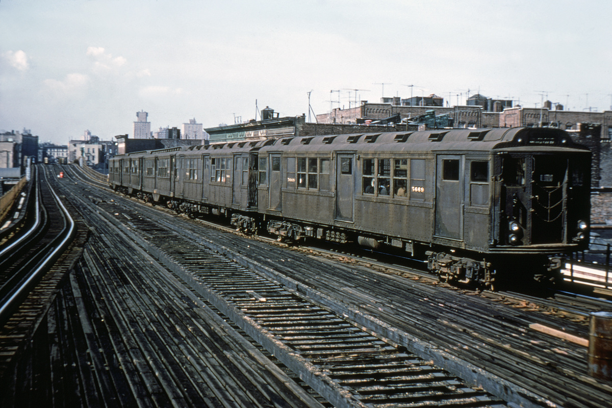 (443k, 1044x712)<br><b>Country:</b> United States<br><b>City:</b> New York<br><b>System:</b> New York City Transit<br><b>Line:</b> 3rd Avenue El<br><b>Location:</b> Tremont Avenue <br><b>Route:</b> 8<br><b>Car:</b> Low-V Worlds Fair 5669 <br><b>Collection of:</b> David Pirmann<br><b>Viewed (this week/total):</b> 0 / 4578