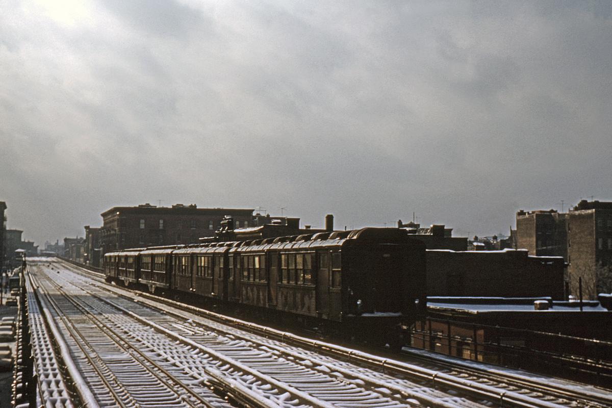 (357k, 1044x714)<br><b>Country:</b> United States<br><b>City:</b> New York<br><b>System:</b> New York City Transit<br><b>Line:</b> 3rd Avenue El<br><b>Location:</b> 166th Street <br><b>Route:</b> 8<br><b>Car:</b> Low-V Worlds Fair 5675 <br><b>Collection of:</b> David Pirmann<br><b>Date:</b> 1/27/1963<br><b>Viewed (this week/total):</b> 1 / 5058