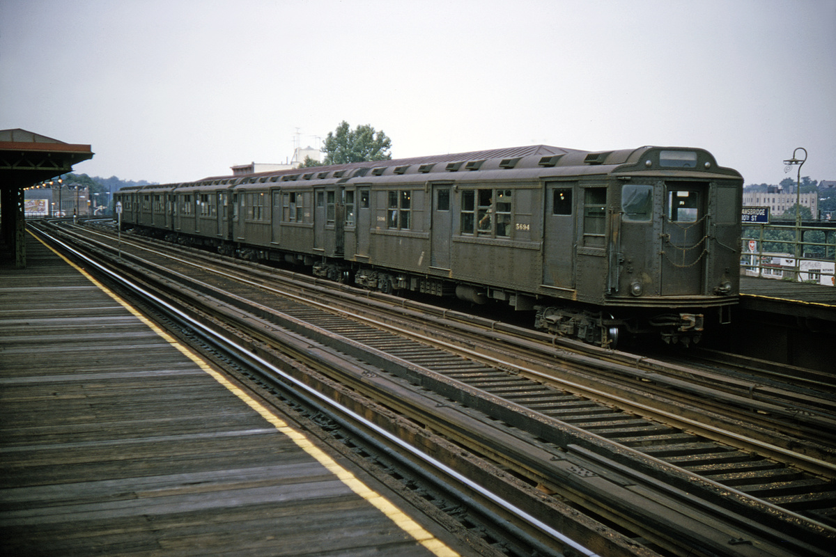 (380k, 1044x712)<br><b>Country:</b> United States<br><b>City:</b> New York<br><b>System:</b> New York City Transit<br><b>Line:</b> 3rd Avenue El<br><b>Location:</b> 210th Street <br><b>Route:</b> 8<br><b>Car:</b> Low-V Worlds Fair 5694 <br><b>Collection of:</b> David Pirmann<br><b>Date:</b> 8/2/1964<br><b>Viewed (this week/total):</b> 0 / 3449