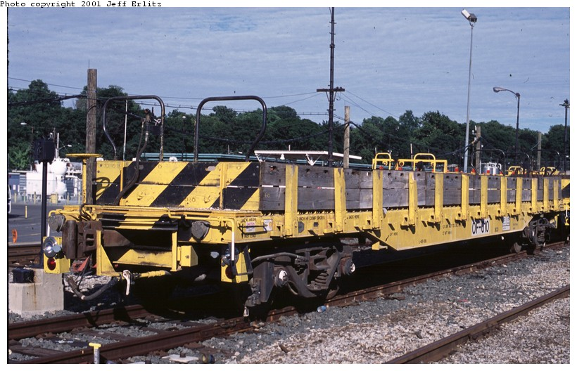 (145k, 820x528)<br><b>Country:</b> United States<br><b>City:</b> New York<br><b>System:</b> New York City Transit<br><b>Location:</b> 36th Street Yard<br><b>Car:</b> Flat Car 610 <br><b>Photo by:</b> Jeff Erlitz<br><b>Date:</b> 7/7/2001<br><b>Viewed (this week/total):</b> 0 / 3702