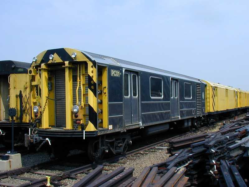 (48k, 800x600)<br><b>Country:</b> United States<br><b>City:</b> New York<br><b>System:</b> New York City Transit<br><b>Location:</b> 36th Street Yard<br><b>Car:</b> R-65 Pump Car 01 <br><b>Photo by:</b> Jeff Erlitz<br><b>Date:</b> 5/27/2002<br><b>Viewed (this week/total):</b> 7 / 9495