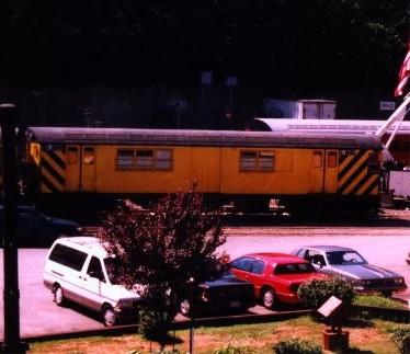 (35k, 374x323)<br><b>Country:</b> United States<br><b>City:</b> New York<br><b>System:</b> New York City Transit<br><b>Location:</b> 36th Street Yard<br><b>Car:</b> R-95 Revenue Collector 0R722 (ex-7368)<br><b>Photo by:</b> David Justiniano<br><b>Date:</b> 9/1999<br><b>Viewed (this week/total):</b> 4 / 4160