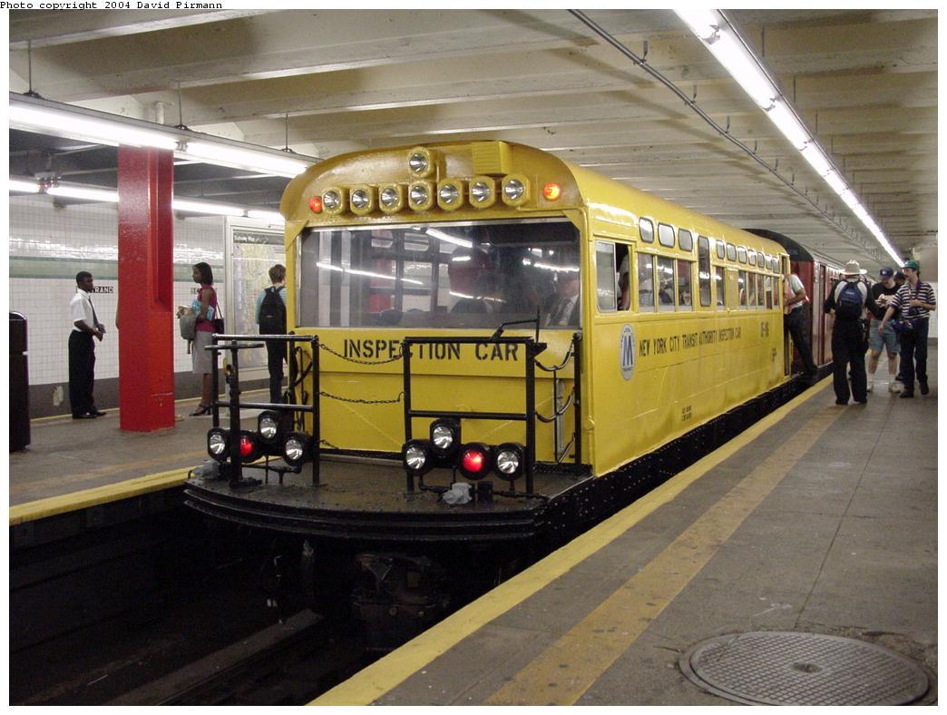 (127k, 1044x788)<br><b>Country:</b> United States<br><b>City:</b> New York<br><b>System:</b> New York City Transit<br><b>Line:</b> IND Crosstown Line<br><b>Location:</b> Bedford/Nostrand Aves. <br><b>Route:</b> Fan Trip<br><b>Car:</b> Observation Car 0F116 <br><b>Photo by:</b> David Pirmann<br><b>Date:</b> 8/27/2000<br><b>Viewed (this week/total):</b> 4 / 10526