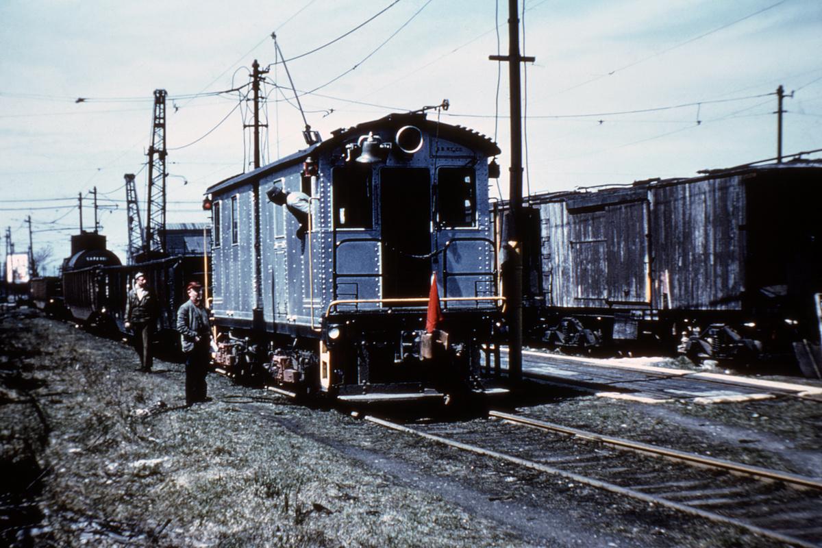 (470k, 1024x683)<br><b>Country:</b> United States<br><b>City:</b> New York<br><b>System:</b> New York City Transit<br><b>Location:</b> 38th St & 3rd Ave<br><b>Car:</b> SBK Box Cab 4 <br><b>Collection of:</b> David Pirmann<br><b>Date:</b> 4/3/1959<br><b>Viewed (this week/total):</b> 0 / 3696