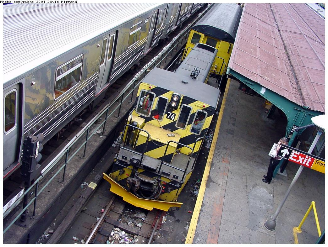 (192k, 1044x788)<br><b>Country:</b> United States<br><b>City:</b> New York<br><b>System:</b> New York City Transit<br><b>Location:</b> Coney Island/Stillwell Avenue<br><b>Car:</b> R-52 Locomotive  74 <br><b>Photo by:</b> David Pirmann<br><b>Date:</b> 6/18/2000<br><b>Viewed (this week/total):</b> 4 / 4283