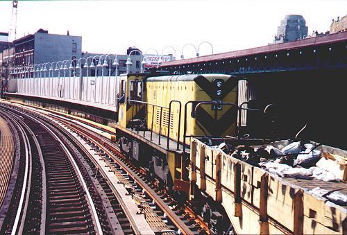 (47k, 500x339)<br><b>Country:</b> United States<br><b>City:</b> New York<br><b>System:</b> New York City Transit<br><b>Line:</b> IRT White Plains Road Line<br><b>Location:</b> 174th Street <br><b>Car:</b> R-52 Locomotive  73 <br><b>Photo by:</b> Trevor Logan<br><b>Viewed (this week/total):</b> 0 / 4205