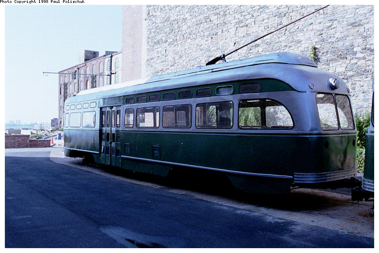 (86k, 781x522)<br><b>Country:</b> United States<br><b>City:</b> New York<br><b>System:</b> Brooklyn Trolley Museum <br><b>Car:</b> MBTA/BSRy PCC Post-War Picture Window (Pullman-Standard, 1951)  3321 <br><b>Photo by:</b> Paul Polischuk<br><b>Date:</b> 1998<br><b>Notes:</b> Sideview of PCC 3321<br><b>Viewed (this week/total):</b> 2 / 4997