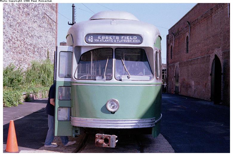 (86k, 781x522)<br><b>Country:</b> United States<br><b>City:</b> New York<br><b>System:</b> Brooklyn Trolley Museum <br><b>Car:</b> MBTA/BSRy PCC Post-War Picture Window (Pullman-Standard, 1951)  3321 <br><b>Photo by:</b> Paul Polischuk<br><b>Date:</b> 1998<br><b>Notes:</b> Front view of PCC 3321<br><b>Viewed (this week/total):</b> 1 / 4202