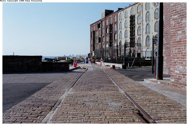 (102k, 781x522)<br><b>Country:</b> United States<br><b>City:</b> New York<br><b>System:</b> Brooklyn Trolley Museum <br><b>Photo by:</b> Paul Polischuk<br><b>Date:</b> 1998<br><b>Notes:</b> Trackage heading towards Brooklyn Bridge<br><b>Viewed (this week/total):</b> 2 / 3360