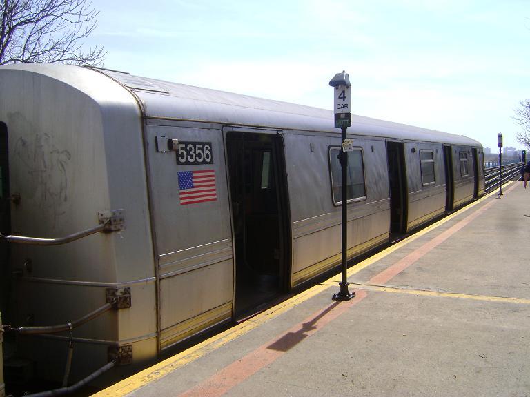 (79k, 768x576)<br><b>Country:</b> United States<br><b>City:</b> New York<br><b>System:</b> New York City Transit<br><b>Line:</b> IND Rockaway<br><b>Location:</b> Broad Channel <br><b>Route:</b> A<br><b>Car:</b> R-44 (St. Louis, 1971-73) 5356 <br><b>Photo by:</b> John Dooley<br><b>Date:</b> 4/8/2010<br><b>Viewed (this week/total):</b> 0 / 931