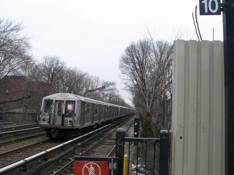 (105k, 800x600)<br><b>Country:</b> United States<br><b>City:</b> New York<br><b>System:</b> New York City Transit<br><b>Line:</b> BMT Brighton Line<br><b>Location:</b> Avenue J <br><b>Route:</b> B<br><b>Car:</b> R-40 (St. Louis, 1968)  4419 <br><b>Photo by:</b> Neil Feldman<br><b>Date:</b> 3/25/2005<br><b>Viewed (this week/total):</b> 0 / 3936