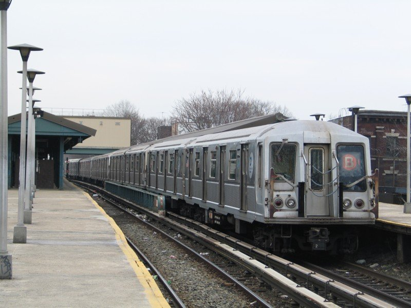 (91k, 800x600)<br><b>Country:</b> United States<br><b>City:</b> New York<br><b>System:</b> New York City Transit<br><b>Line:</b> BMT Brighton Line<br><b>Location:</b> Kings Highway <br><b>Route:</b> B<br><b>Car:</b> R-40 (St. Louis, 1968)  4448 <br><b>Photo by:</b> Neil Feldman<br><b>Date:</b> 3/25/2005<br><b>Viewed (this week/total):</b> 0 / 3259