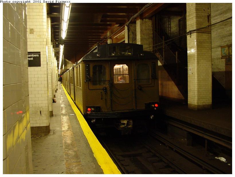 (66k, 820x620)<br><b>Country:</b> United States<br><b>City:</b> New York<br><b>System:</b> New York City Transit<br><b>Line:</b> BMT Nassau Street/Jamaica Line<br><b>Location:</b> Chambers Street <br><b>Route:</b> Fan Trip<br><b>Car:</b> BMT D-Type Triplex 6095 <br><b>Photo by:</b> David Pirmann<br><b>Date:</b> 8/26/2001<br><b>Viewed (this week/total):</b> 1 / 6042