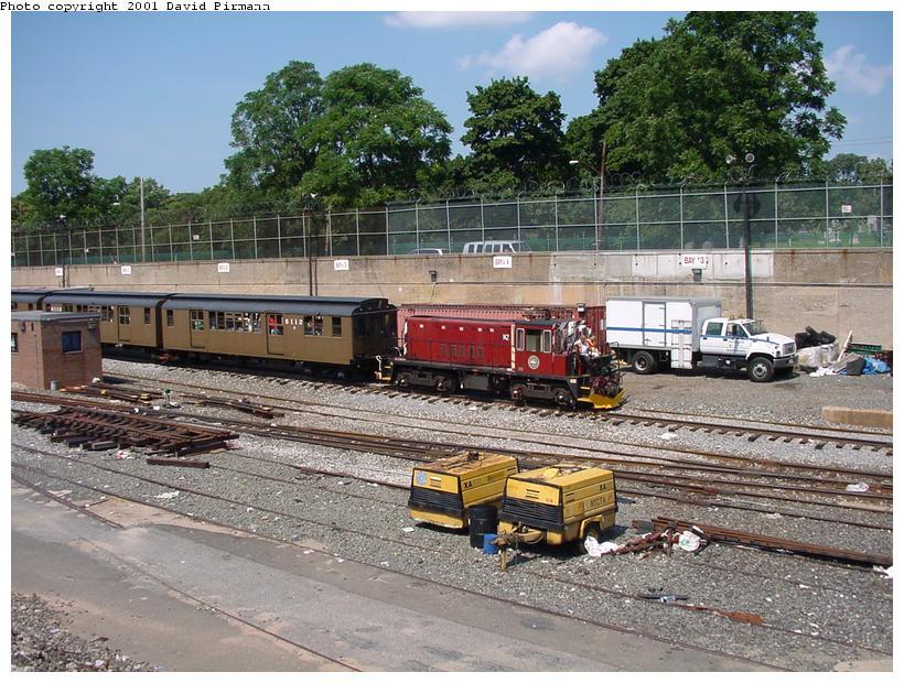 (120k, 820x620)<br><b>Country:</b> United States<br><b>City:</b> New York<br><b>System:</b> New York City Transit<br><b>Line:</b> BMT West End Line<br><b>Location:</b> 9th Avenue <br><b>Route:</b> Fan Trip<br><b>Car:</b> R-47 (SBK) Locomotive  N2 <br><b>Photo by:</b> David Pirmann<br><b>Date:</b> 8/26/2001<br><b>Viewed (this week/total):</b> 1 / 4199