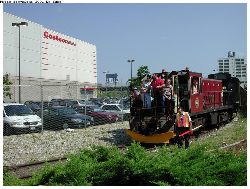 (98k, 820x620)<br><b>Country:</b> United States<br><b>City:</b> New York<br><b>System:</b> New York City Transit<br><b>Line:</b> South Brooklyn Railway<br><b>Location:</b> Between 3rd & 2nd Aves (Costco) (SBK)<br><b>Route:</b> Fan Trip<br><b>Car:</b> R-47 (SBK) Locomotive  N1 <br><b>Photo by:</b> Ed Yung<br><b>Date:</b> 8/26/2001<br><b>Viewed (this week/total):</b> 0 / 4052