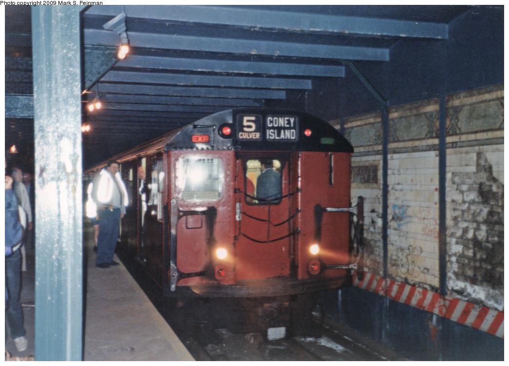(217k, 1044x751)<br><b>Country:</b> United States<br><b>City:</b> New York<br><b>System:</b> New York City Transit<br><b>Line:</b> BMT Culver Line<br><b>Location:</b> 9th Avenue (Lower Level) <br><b>Route:</b> Fan Trip<br><b>Car:</b> R-30 (St. Louis, 1961) 8408 <br><b>Photo by:</b> Mark S. Feinman<br><b>Date:</b> 5/30/1993<br><b>Viewed (this week/total):</b> 0 / 12722