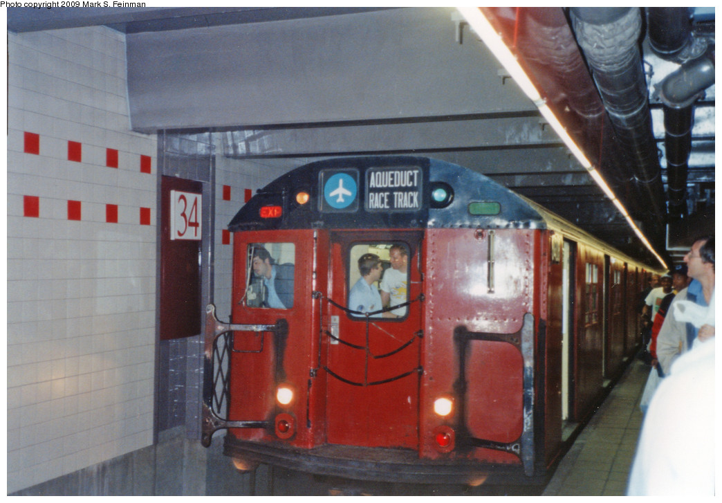 (220k, 1044x727)<br><b>Country:</b> United States<br><b>City:</b> New York<br><b>System:</b> New York City Transit<br><b>Line:</b> IND 6th Avenue Line<br><b>Location:</b> 34th Street/Herald Square <br><b>Route:</b> Fan Trip<br><b>Car:</b> R-30 (St. Louis, 1961)  <br><b>Photo by:</b> Mark S. Feinman<br><b>Date:</b> 5/30/1993<br><b>Viewed (this week/total):</b> 0 / 10524