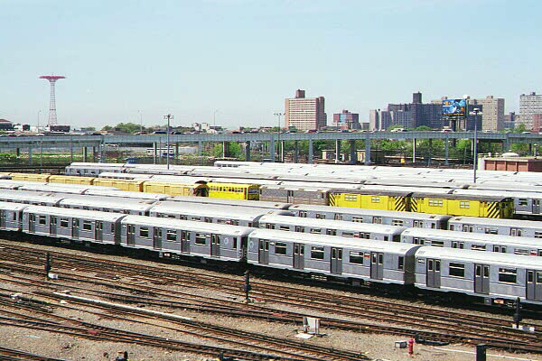 (136k, 600x400)<br><b>Country:</b> United States<br><b>City:</b> New York<br><b>System:</b> New York City Transit<br><b>Location:</b> Coney Island Yard<br><b>Car:</b> R-40M (St. Louis, 1969)   <br><b>Photo by:</b> Sidney Keyles<br><b>Date:</b> 5/22/1999<br><b>Notes:</b> View of yard<br><b>Viewed (this week/total):</b> 0 / 3855