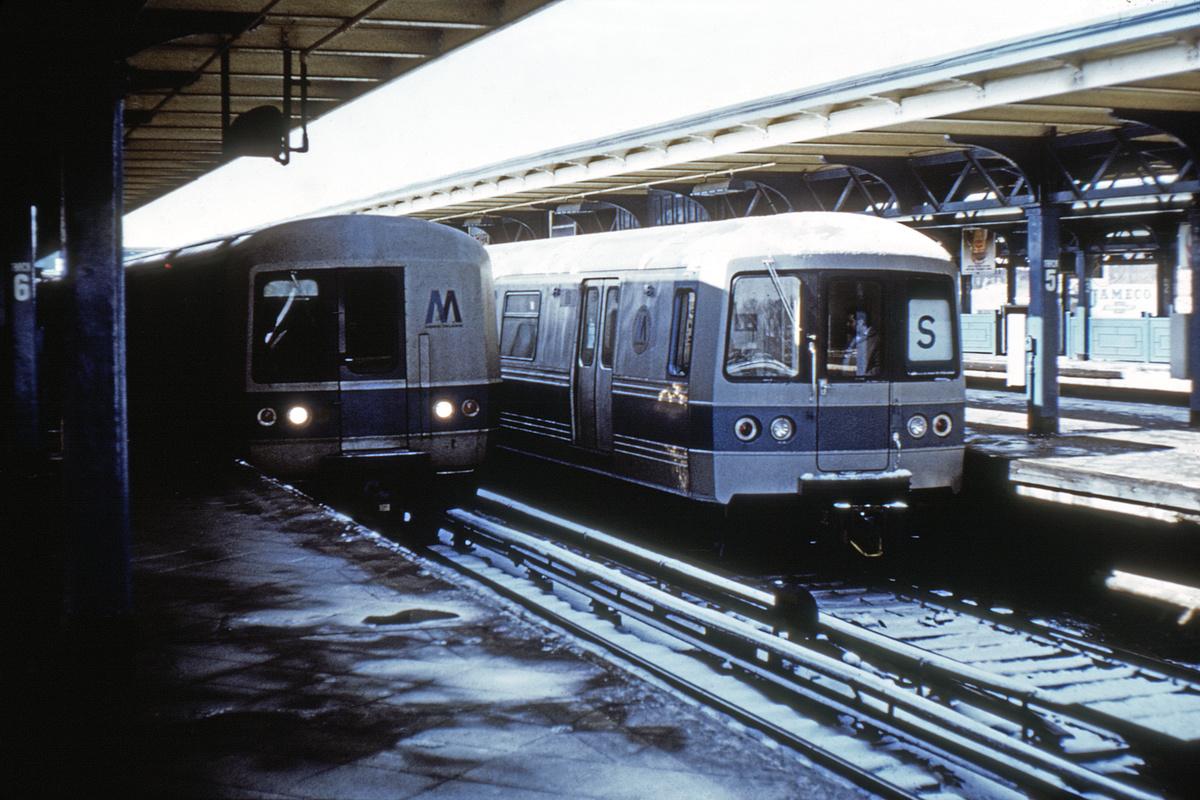(462k, 1200x800)<br><b>Country:</b> United States<br><b>City:</b> New York<br><b>System:</b> New York City Transit<br><b>Line:</b> LIRR Main Line<br><b>Location:</b> LIRR Jamaica<br><b>Car:</b> R-44 (St. Louis, 1971-73) 106 <br><b>Photo by:</b> Doug Grotjahn<br><b>Collection of:</b> David Pirmann<br><b>Date:</b> 2/21/1972<br><b>Notes:</b> Testing on LIRR<br><b>Viewed (this week/total):</b> 2 / 9440