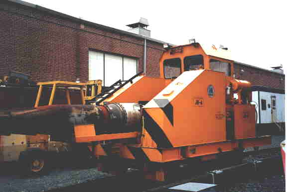 (14k, 576x386)<br><b>Country:</b> United States<br><b>City:</b> New York<br><b>System:</b> New York City Transit<br><b>Location:</b> Coney Island Yard<br><b>Car:</b> Snowblower JB4 <br><b>Photo by:</b> Steve Kreisler<br><b>Date:</b> 1998<br><b>Notes:</b> Snowblower<br><b>Viewed (this week/total):</b> 2 / 4499