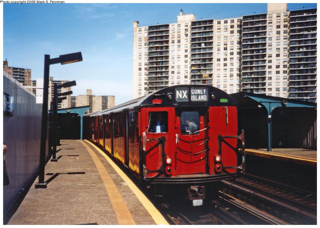 (275k, 1044x744)<br><b>Country:</b> United States<br><b>City:</b> New York<br><b>System:</b> New York City Transit<br><b>Line:</b> BMT Brighton Line<br><b>Location:</b> West 8th Street <br><b>Route:</b> Fan Trip<br><b>Car:</b> R-30 (St. Louis, 1961) 8408 <br><b>Photo by:</b> Mark S. Feinman<br><b>Date:</b> 5/30/1993<br><b>Viewed (this week/total):</b> 1 / 7469