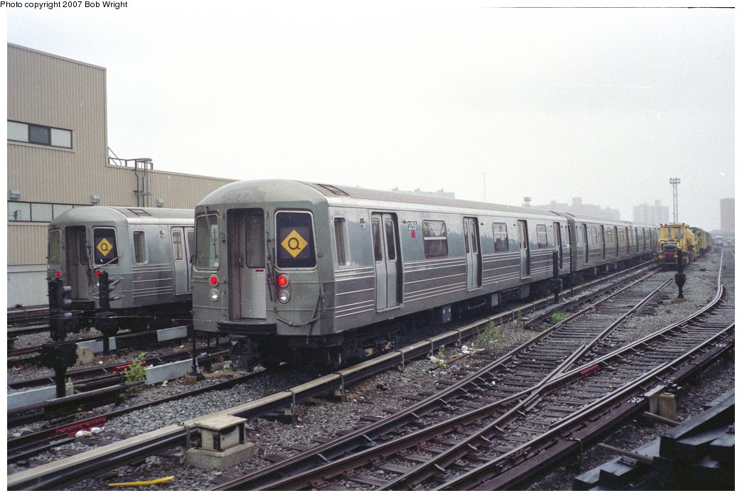 (148k, 1044x701)<br><b>Country:</b> United States<br><b>City:</b> New York<br><b>System:</b> New York City Transit<br><b>Location:</b> Coney Island Yard<br><b>Car:</b> R-68 (Westinghouse-Amrail, 1986-1988)  2759 <br><b>Photo by:</b> Bob Wright<br><b>Date:</b> 11/10/1991<br><b>Viewed (this week/total):</b> 3 / 3362