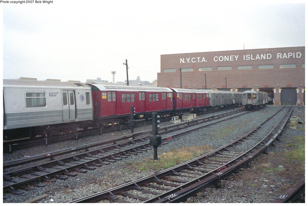 (150k, 1044x700)<br><b>Country:</b> United States<br><b>City:</b> New York<br><b>System:</b> New York City Transit<br><b>Location:</b> Coney Island Yard<br><b>Car:</b> R-36 Main Line (St. Louis, 1964) 9539 <br><b>Photo by:</b> Bob Wright<br><b>Date:</b> 11/10/1991<br><b>Viewed (this week/total):</b> 0 / 3290