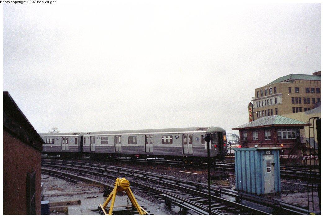 (129k, 1044x703)<br><b>Country:</b> United States<br><b>City:</b> New York<br><b>System:</b> New York City Transit<br><b>Location:</b> Coney Island/Stillwell Avenue<br><b>Route:</b> D<br><b>Car:</b> R-68 (Westinghouse-Amrail, 1986-1988)  2515 <br><b>Photo by:</b> Bob Wright<br><b>Date:</b> 11/10/1991<br><b>Viewed (this week/total):</b> 0 / 3187