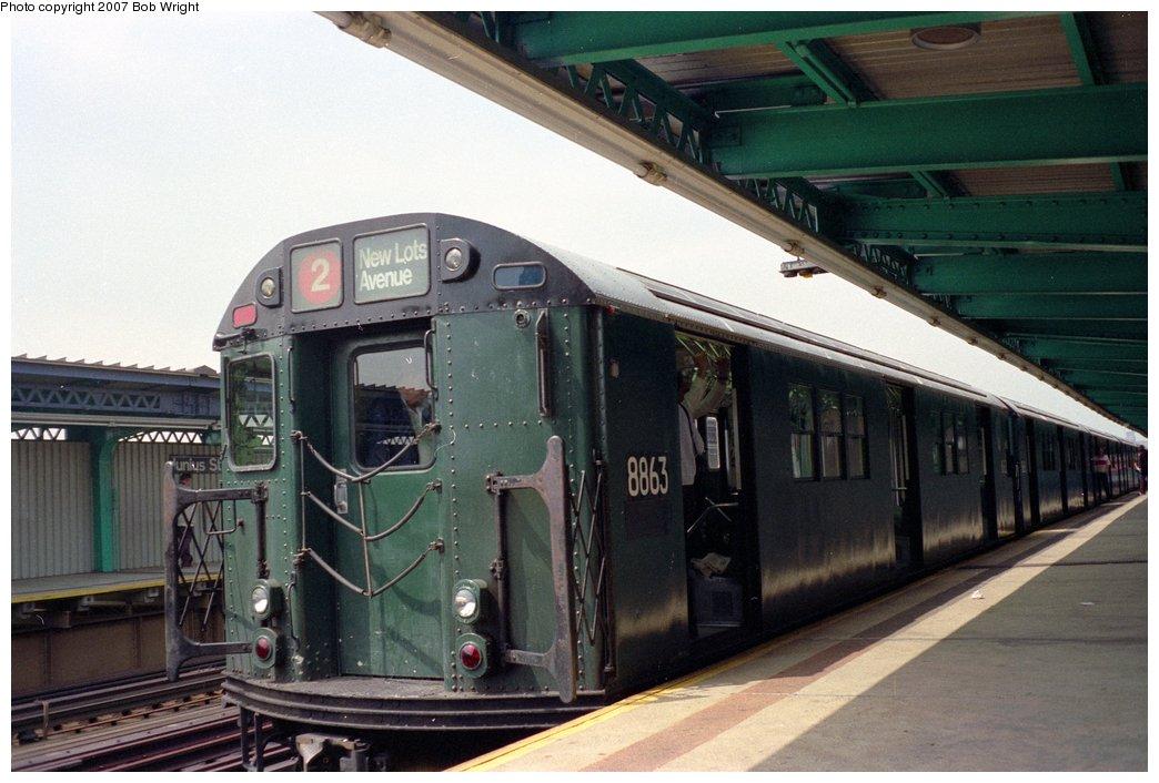 (137k, 1044x706)<br><b>Country:</b> United States<br><b>City:</b> New York<br><b>System:</b> New York City Transit<br><b>Line:</b> IRT Brooklyn Line<br><b>Location:</b> Junius Street <br><b>Route:</b> Fan Trip<br><b>Car:</b> R-33 Main Line (St. Louis, 1962-63) 8863 <br><b>Photo by:</b> Bob Wright<br><b>Date:</b> 5/24/1987<br><b>Viewed (this week/total):</b> 3 / 2938