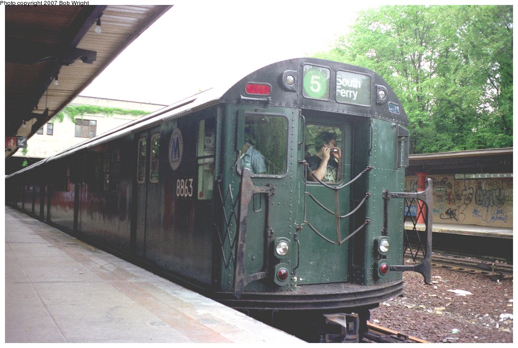 (150k, 1044x703)<br><b>Country:</b> United States<br><b>City:</b> New York<br><b>System:</b> New York City Transit<br><b>Line:</b> IRT Dyre Ave. Line<br><b>Location:</b> Gun Hill Road <br><b>Route:</b> Fan Trip<br><b>Car:</b> R-33 Main Line (St. Louis, 1962-63) 8863 <br><b>Photo by:</b> Bob Wright<br><b>Date:</b> 5/24/1987<br><b>Viewed (this week/total):</b> 3 / 3051