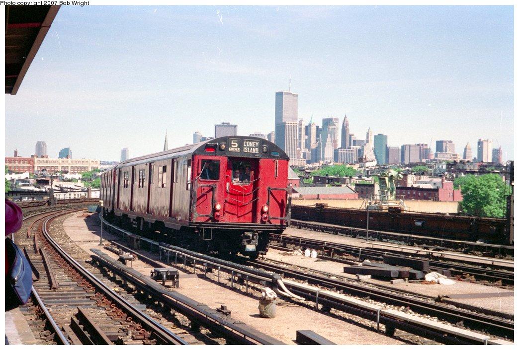 (180k, 1044x705)<br><b>Country:</b> United States<br><b>City:</b> New York<br><b>System:</b> New York City Transit<br><b>Line:</b> IND Crosstown Line<br><b>Location:</b> Smith/9th Street <br><b>Route:</b> Fan Trip<br><b>Car:</b> R-30 (St. Louis, 1961) 8317 <br><b>Photo by:</b> Bob Wright<br><b>Date:</b> 5/30/1993<br><b>Viewed (this week/total):</b> 0 / 4146