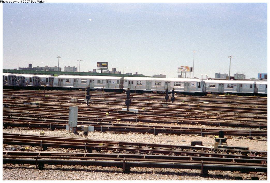 (186k, 1044x708)<br><b>Country:</b> United States<br><b>City:</b> New York<br><b>System:</b> New York City Transit<br><b>Location:</b> Coney Island Yard<br><b>Car:</b> R-40 (St. Louis, 1968)  4343 <br><b>Photo by:</b> Bob Wright<br><b>Date:</b> 5/30/1993<br><b>Viewed (this week/total):</b> 0 / 2679