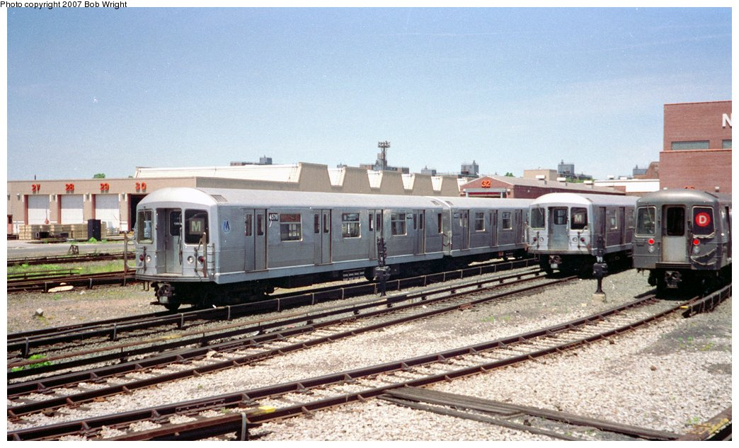 (159k, 1044x633)<br><b>Country:</b> United States<br><b>City:</b> New York<br><b>System:</b> New York City Transit<br><b>Location:</b> Coney Island Yard<br><b>Car:</b> R-42 (St. Louis, 1969-1970)  4576 <br><b>Photo by:</b> Bob Wright<br><b>Date:</b> 5/30/1993<br><b>Viewed (this week/total):</b> 2 / 2403
