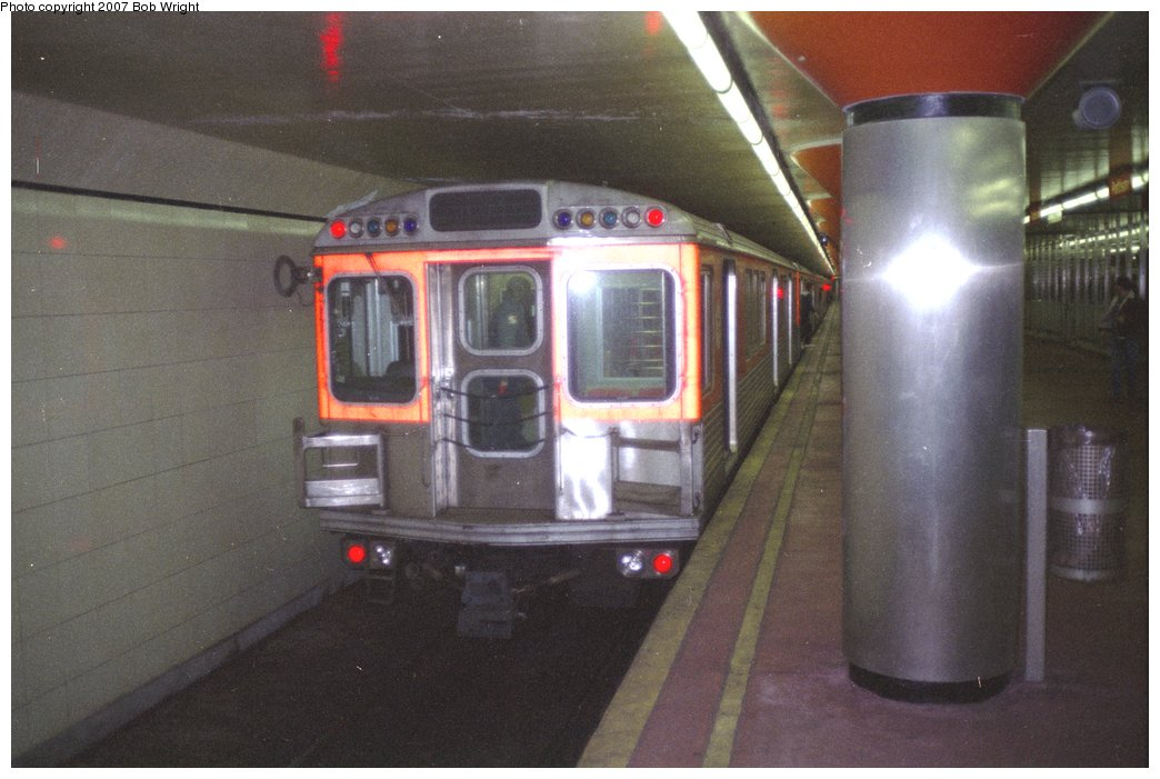 (125k, 1044x701)<br><b>Country:</b> United States<br><b>City:</b> Philadelphia, PA<br><b>System:</b> SEPTA (or Predecessor)<br><b>Line:</b> Broad Street Subway<br><b>Location:</b> Pattison <br><b>Photo by:</b> Bob Wright<br><b>Date:</b> 3/1984<br><b>Viewed (this week/total):</b> 0 / 1570