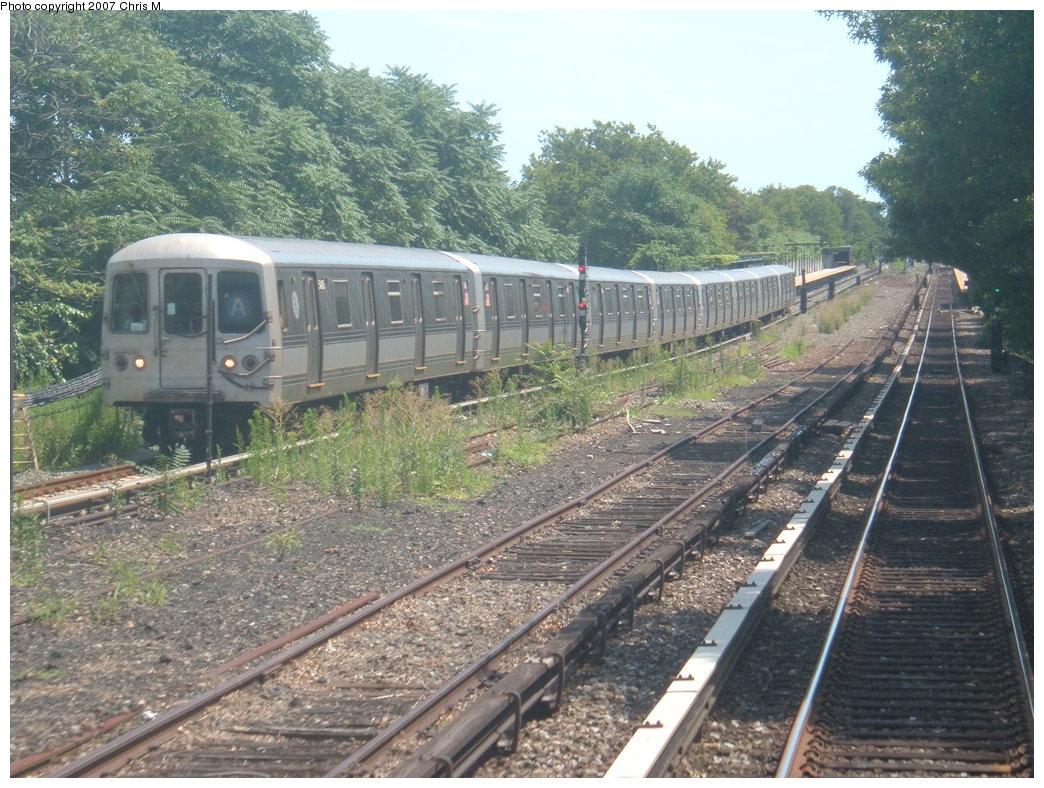 (239k, 1044x788)<br><b>Country:</b> United States<br><b>City:</b> New York<br><b>System:</b> New York City Transit<br><b>Line:</b> IND Rockaway<br><b>Location:</b> Aqueduct Racetrack <br><b>Route:</b> A<br><b>Car:</b> R-44 (St. Louis, 1971-73) 5406 <br><b>Photo by:</b> Chris M.<br><b>Date:</b> 7/27/2007<br><b>Viewed (this week/total):</b> 1 / 4976