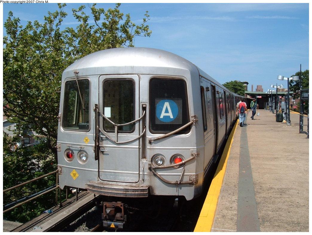 (225k, 1044x788)<br><b>Country:</b> United States<br><b>City:</b> New York<br><b>System:</b> New York City Transit<br><b>Line:</b> IND Rockaway<br><b>Location:</b> Mott Avenue/Far Rockaway <br><b>Route:</b> A<br><b>Car:</b> R-44 (St. Louis, 1971-73) 5226 <br><b>Photo by:</b> Chris M.<br><b>Date:</b> 7/27/2007<br><b>Viewed (this week/total):</b> 0 / 1692