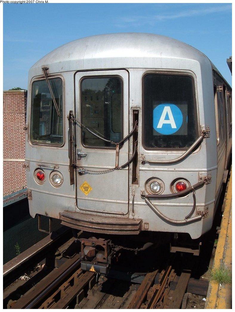 (185k, 788x1044)<br><b>Country:</b> United States<br><b>City:</b> New York<br><b>System:</b> New York City Transit<br><b>Line:</b> IND Fulton Street Line<br><b>Location:</b> Lefferts Boulevard <br><b>Route:</b> A<br><b>Car:</b> R-44 (St. Louis, 1971-73)  <br><b>Photo by:</b> Chris M.<br><b>Date:</b> 7/27/2007<br><b>Viewed (this week/total):</b> 1 / 1291