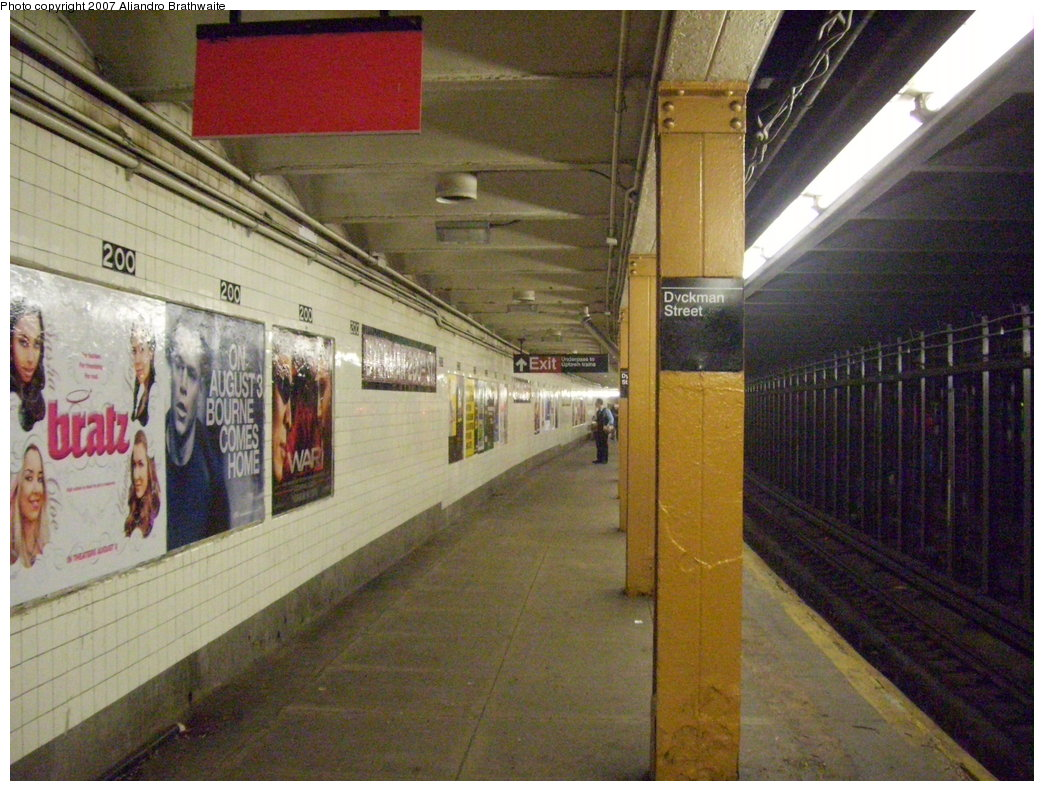 (210k, 1044x791)<br><b>Country:</b> United States<br><b>City:</b> New York<br><b>System:</b> New York City Transit<br><b>Line:</b> IND 8th Avenue Line<br><b>Location:</b> Dyckman Street/200th Street <br><b>Photo by:</b> Aliandro Brathwaite<br><b>Date:</b> 7/20/2007<br><b>Viewed (this week/total):</b> 0 / 2300