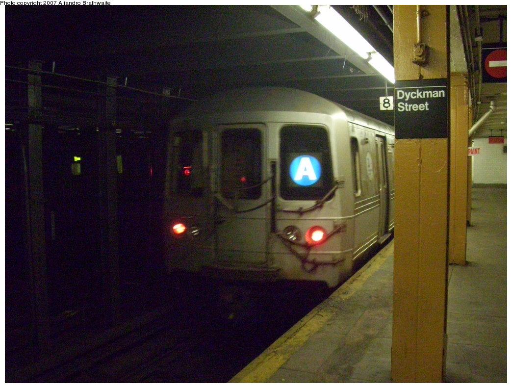 (191k, 1044x791)<br><b>Country:</b> United States<br><b>City:</b> New York<br><b>System:</b> New York City Transit<br><b>Line:</b> IND 8th Avenue Line<br><b>Location:</b> Dyckman Street/200th Street <br><b>Route:</b> A<br><b>Car:</b> R-44 (St. Louis, 1971-73) 5374 <br><b>Photo by:</b> Aliandro Brathwaite<br><b>Date:</b> 7/20/2007<br><b>Viewed (this week/total):</b> 0 / 3150