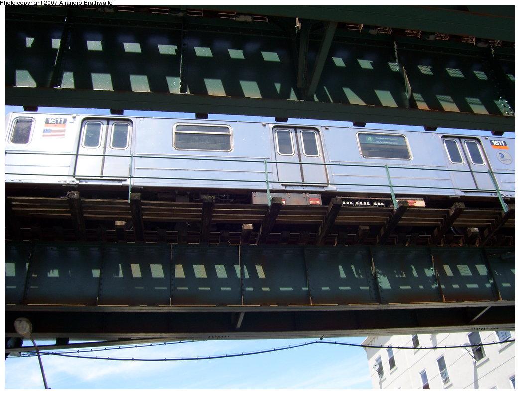 (165k, 1044x791)<br><b>Country:</b> United States<br><b>City:</b> New York<br><b>System:</b> New York City Transit<br><b>Line:</b> IRT Brooklyn Line<br><b>Location:</b> Van Siclen Avenue <br><b>Route:</b> 4<br><b>Car:</b> R-62 (Kawasaki, 1983-1985)  1611 <br><b>Photo by:</b> Aliandro Brathwaite<br><b>Date:</b> 7/21/2007<br><b>Viewed (this week/total):</b> 1 / 3163