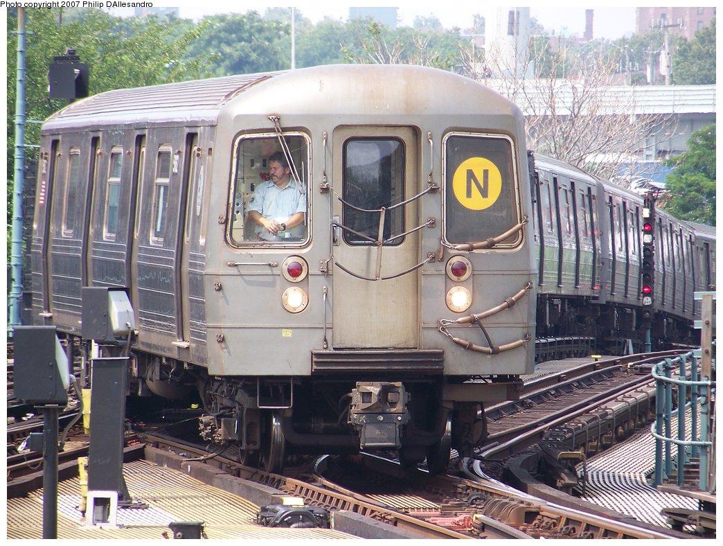 (243k, 1044x788)<br><b>Country:</b> United States<br><b>City:</b> New York<br><b>System:</b> New York City Transit<br><b>Location:</b> Coney Island/Stillwell Avenue<br><b>Route:</b> N<br><b>Car:</b> R-68A (Kawasaki, 1988-1989)  5162 <br><b>Photo by:</b> Philip D'Allesandro<br><b>Date:</b> 7/28/2007<br><b>Viewed (this week/total):</b> 0 / 2185