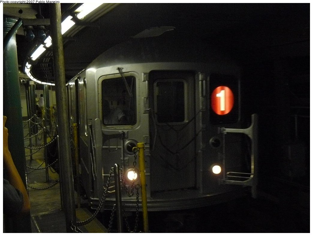 (144k, 1044x788)<br><b>Country:</b> United States<br><b>City:</b> New York<br><b>System:</b> New York City Transit<br><b>Line:</b> IRT West Side Line<br><b>Location:</b> South Ferry (Outer Loop Station) <br><b>Route:</b> 1<br><b>Car:</b> R-62A (Bombardier, 1984-1987)  2356 <br><b>Photo by:</b> Pablo Maneiro<br><b>Date:</b> 7/27/2007<br><b>Viewed (this week/total):</b> 0 / 1895