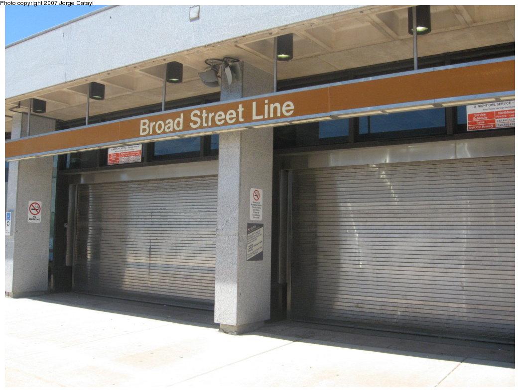 (146k, 1044x788)<br><b>Country:</b> United States<br><b>City:</b> Philadelphia, PA<br><b>System:</b> SEPTA (or Predecessor)<br><b>Line:</b> Broad Street Subway<br><b>Location:</b> Pattison <br><b>Photo by:</b> Jorge Catayi<br><b>Date:</b> 7/12/2007<br><b>Notes:</b> Station entrance.<br><b>Viewed (this week/total):</b> 0 / 2150