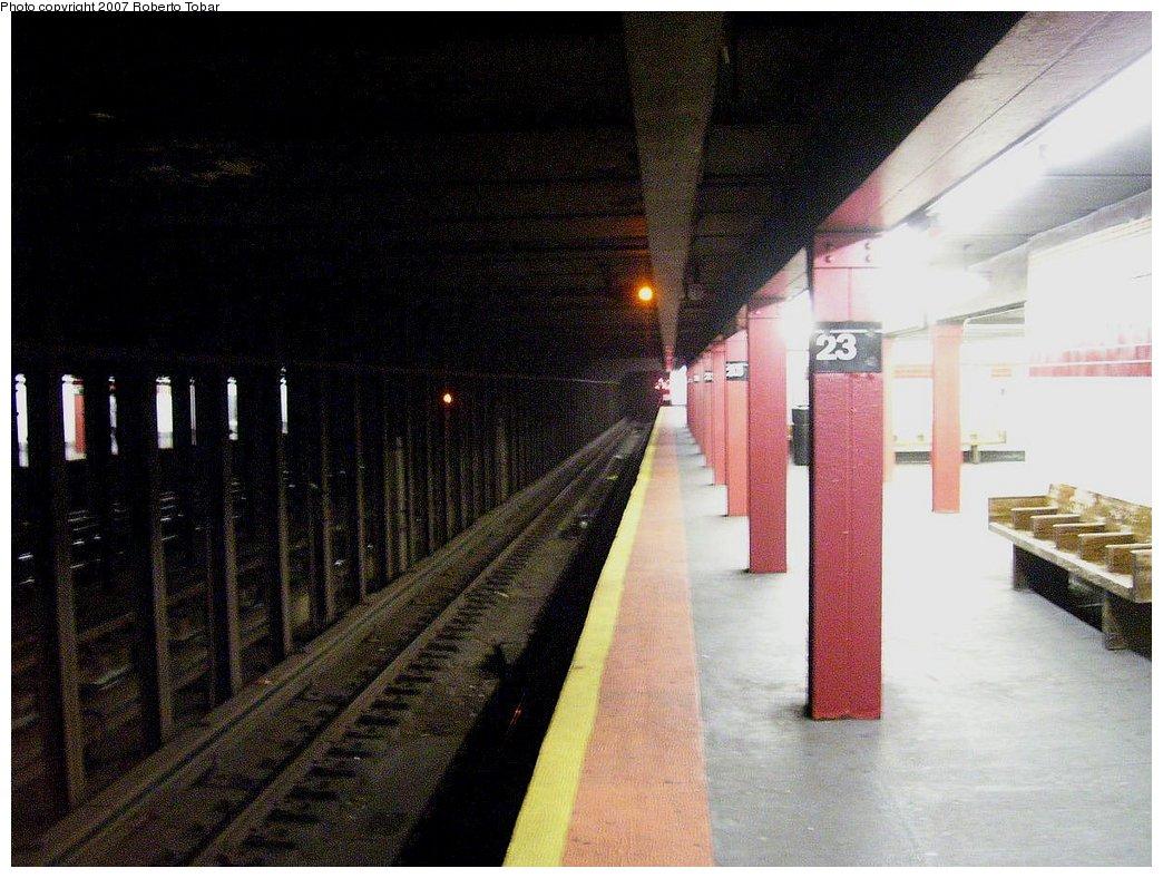 (181k, 1044x788)<br><b>Country:</b> United States<br><b>City:</b> New York<br><b>System:</b> New York City Transit<br><b>Line:</b> IRT West Side Line<br><b>Location:</b> 23rd Street <br><b>Photo by:</b> Roberto C. Tobar<br><b>Date:</b> 8/4/2007<br><b>Viewed (this week/total):</b> 1 / 2994