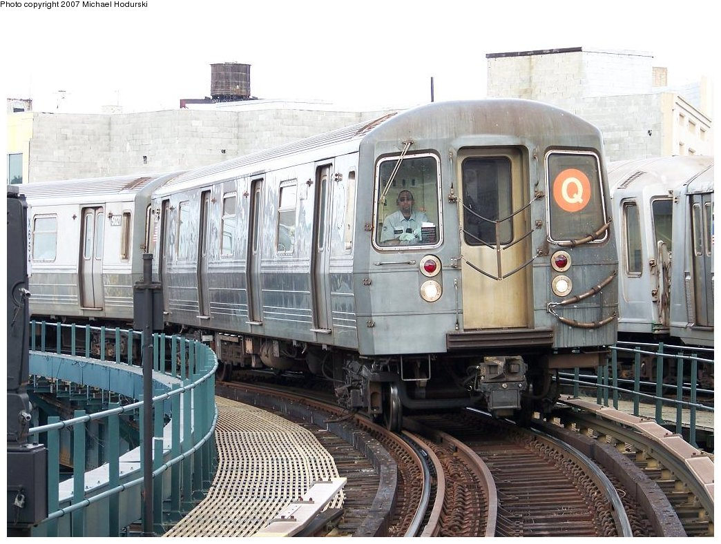 (215k, 1044x788)<br><b>Country:</b> United States<br><b>City:</b> New York<br><b>System:</b> New York City Transit<br><b>Line:</b> BMT Brighton Line<br><b>Location:</b> Brighton Beach <br><b>Route:</b> Q<br><b>Car:</b> R-68A (Kawasaki, 1988-1989)  5022 <br><b>Photo by:</b> Michael Hodurski<br><b>Date:</b> 7/31/2007<br><b>Viewed (this week/total):</b> 0 / 2194