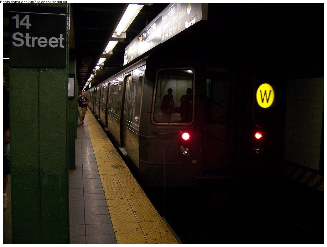 (129k, 1044x788)<br><b>Country:</b> United States<br><b>City:</b> New York<br><b>System:</b> New York City Transit<br><b>Line:</b> BMT Broadway Line<br><b>Location:</b> 14th Street/Union Square <br><b>Route:</b> W<br><b>Car:</b> R-68A (Kawasaki, 1988-1989)  5066 <br><b>Photo by:</b> Michael Hodurski<br><b>Date:</b> 7/27/2007<br><b>Viewed (this week/total):</b> 1 / 2683