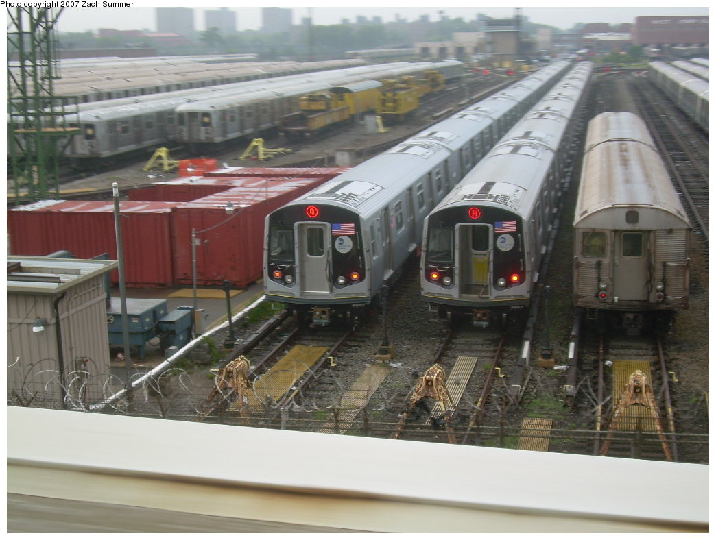 (194k, 1044x788)<br><b>Country:</b> United States<br><b>City:</b> New York<br><b>System:</b> New York City Transit<br><b>Location:</b> Coney Island Yard<br><b>Car:</b> R-160A/R-160B Series (Number Unknown)  <br><b>Photo by:</b> Zach Summer<br><b>Date:</b> 7/29/2007<br><b>Notes:</b> View from Belt Pkwy.<br><b>Viewed (this week/total):</b> 1 / 3868