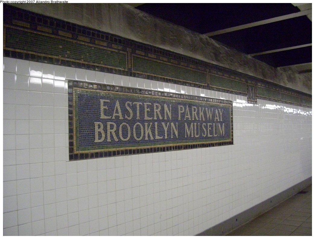 (175k, 1044x791)<br><b>Country:</b> United States<br><b>City:</b> New York<br><b>System:</b> New York City Transit<br><b>Line:</b> IRT Brooklyn Line<br><b>Location:</b> Eastern Parkway/Brooklyn Museum <br><b>Photo by:</b> Aliandro Brathwaite<br><b>Date:</b> 8/1/2007<br><b>Viewed (this week/total):</b> 1 / 1924
